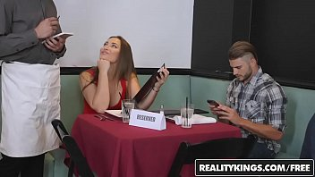 RealityKings - RK Prime - Tip The Waiter