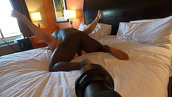 Cuck POV Cum Cleanup from Bull 5分钟