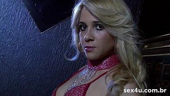 Strip-tease of delicious, sexy and porn star Sara Lopez
