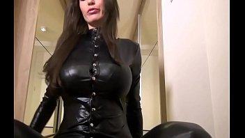 [ GAIGOITHIENDIA.COM ] black sexy babe in shiny catsuit