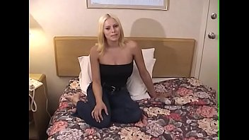 Amazing Babe Gives Head And Gets A Facial 44 Min