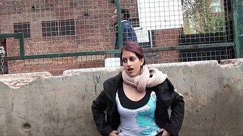 Teen Zarina Massouds Indian exhibitionism
