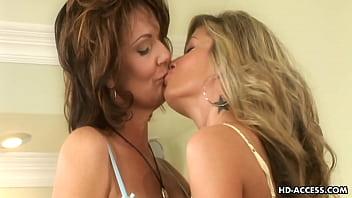 Mature lesbian couple get it on