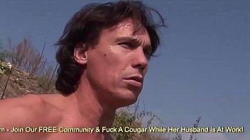 Chunky Mature MILF Has Sex At A Nude Beach Vorschaubild