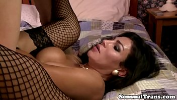 Rimmed shemale cums while getting screwed