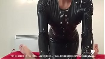 Black latex mistress tease cock - 424cams.net