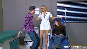 Brazzers - Julia Ann is one hot nurse 7 min