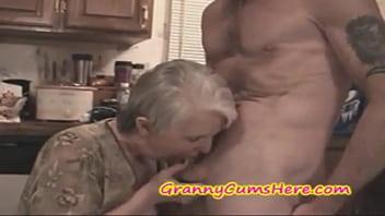 DEUTSCH: Notgeile Oma wird brutal gepoppt..