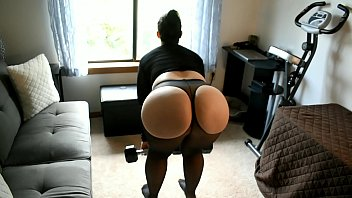 Pawg Mom Does Leg Workout In Sheer Spandex With Curtains Open