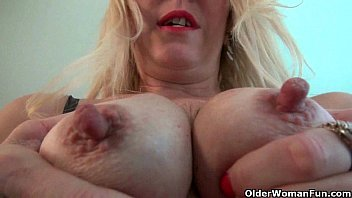 Clits in hd Nyloned milfs raquel and shelby need their clit rubbed