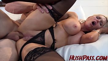 Bubble Butt Alena Takes Cock up the Rear Entry