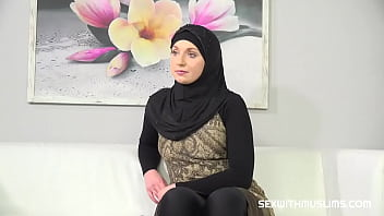 Muslim woman wants photos from a horny photographer