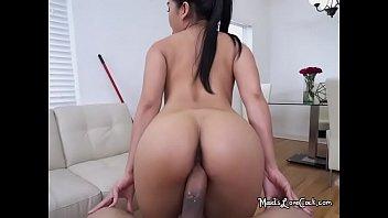 Maids paid sex Maid cindy starfall sucks and sits on big rod of boss