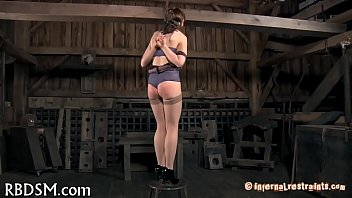 Shocking chick's lusty cum-hole
