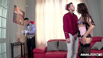 Luxury Diva Aurelly Rebel Fucks the Hotel Staff's lights out