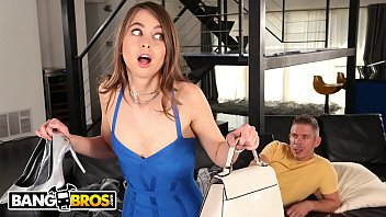 BANGBROS - Riley Reid Gets Fucked By Her Step Cousin Mick Blue After Sneaking Around