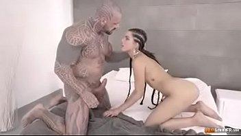 Muscle Man vs rasta girl
