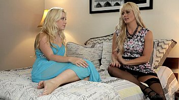 Mommy's Girl - Samantha Rone, Holly Heart