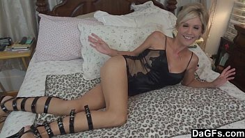 Hand job queen warms her holes first