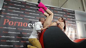 Sexo porno chicas - Sexo oral a una chica joven a cargo de los profesores pamela sánchez y jesús sánchez