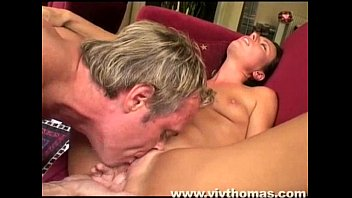 Teach me to lick pussy - She gets her pussy licked until orgasm