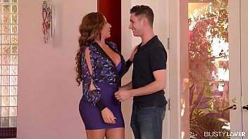 Busty Sex starved MILF Richelle Ryan gets it Balls Deep 16 min