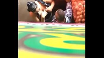Esse homem foi flagrado sendo abusado por essas mulheres no Ceará, reparem oq elas fazem com esse pobre coitado. Isso não pode ficar assim!