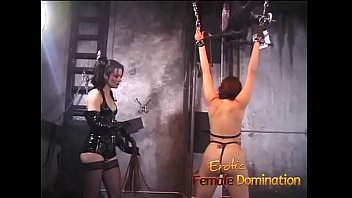 Erotic sound Juicy slave doesnt make a sound as the mistress plays with her