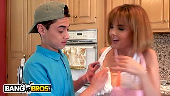 BANGBROS - Step Siblings Dillion Harper And Juan El Caballo Loco Fuck In The Kitchen