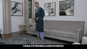 Family Strokes - Pretty Girl Fucked By Creepy Grandpa