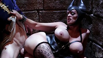 Sensual Halloween Threesome With Smoking Hot Brunettes Alyssa Bounty and Lady D - S37:E16