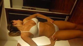 Noelia Bailando en tanga 2分钟