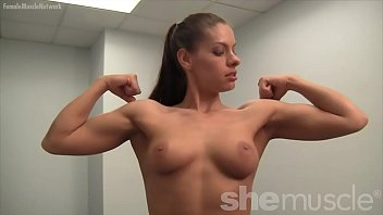 Sexy Fitness Model Skylar Has To Do Everything