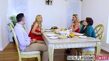 DigitalPlayground - Thanks giving Turkey Toss w...