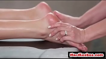 Milf masseuse touching her lesbo client - Ryan Keely, Emily Luis