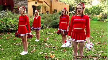 Milf sixtynining cheerleading stepdaughter