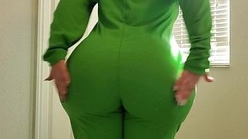 I FUCKED MY BIG ASS 18YO LITTLE SIS IN A CAREBEAR ONSIE ON ST PATTYS DAY