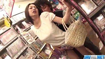 Sesi Porno Publik Bersama Hot Ass Ran Minami