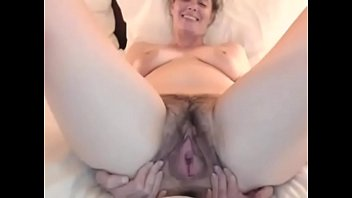 Mature sees masturbating - Mom catched masturbating on webcam - cambitches.org