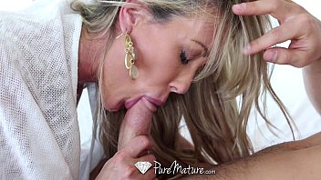 PureMature - Sexy cougar Brandi Love fucks Johnny Castle hdsex