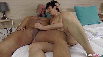 opa und oma haben sex