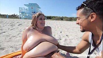 SSBBW Erin Green Walks Naked on Beach N Fucks Stranger