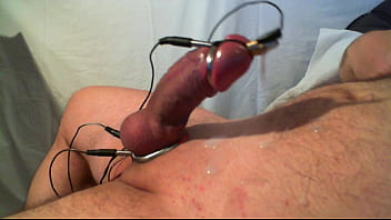 electrostimulation 1 by Megajouir