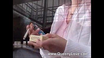 Queeny- Smoking Slut 5 min