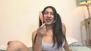 Define transsexual Pretty transsexual offers mouth and ass vol. 21