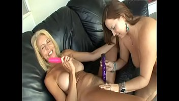 Blonde Erica Lauren and brunette Jessica D'vine masturbates with dildo and lick each other's pussies