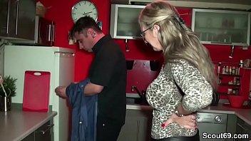 Mature nl laurine - Mutter fickt mit dem sohn der besten freundin wenn alleine
