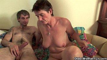 Highly sexed mom loves anal sex porno izle