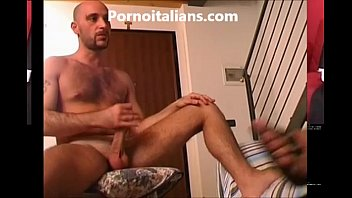 Trans troia succhia cazzo italiano  - Shemale slut sucks dick Italian -