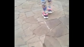 Minha Mulher caminhando na rua de Suplex